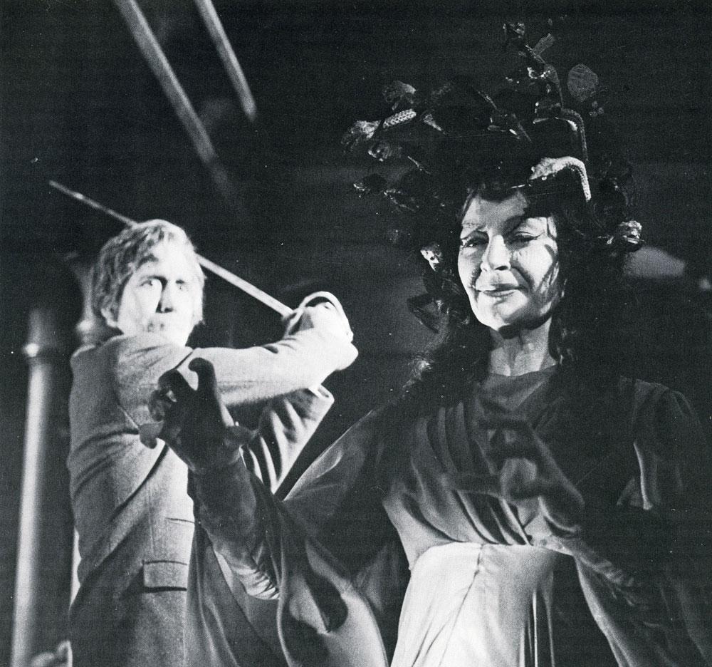 Lynn Fontanne (1887?983),Jane Clifton Adult movies Trina Parks,Devon Aoki