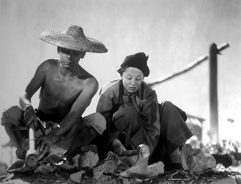 an introduction to the good earth by wang lung The good earth passed | 2h 18min | drama , romance | 6 august 1937 (usa) although married chinese farmers wang and o-lan initially experience success, their lives are complicated by declining fortunes and lean times, as well as the arrival of the beautiful young lotus.